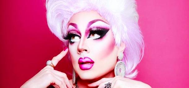 La Queen Internationale : Mauve de Mirabelle